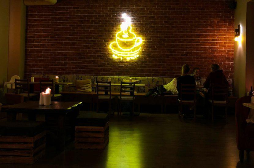 Randka przy świecach w No i gitara café – Zakochaj się w Warszawie